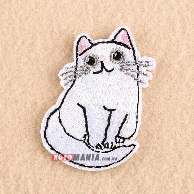 Термонашивка патч Білий зацікавлений кіт