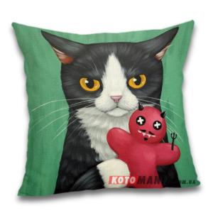 Чохол для подушки Кіт з куклою вуду
